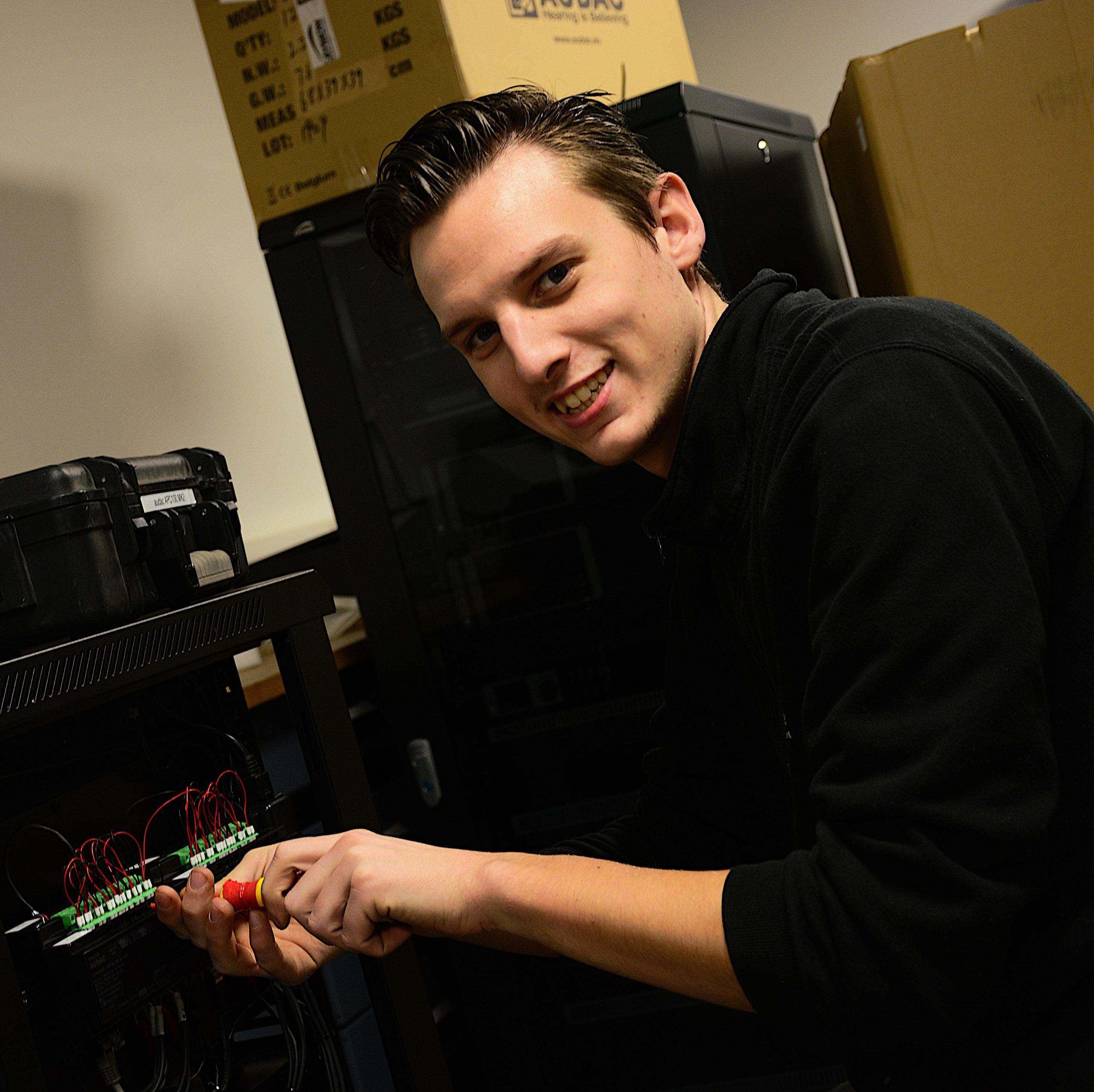 Mike Stols (AV-Tech)